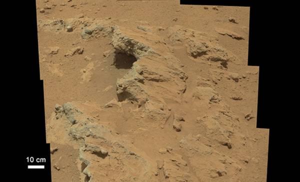 Curiosity scopre su marte il letto di un antico fiume era - Letto di un fiume ...