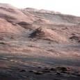 Curiosity ha finalmente raggiunto il suo primo obiettivo: dopo due anni di cammino il rover laboratorio della Nasa è giunto alle pendici del Monte Sharp, la montagna che si trova […]